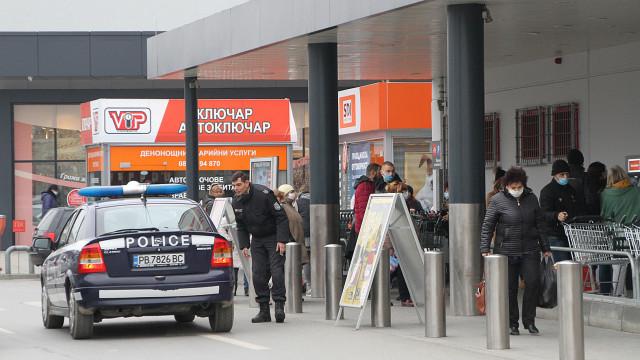 Провериха 162 магазина в Пловдив, вижте нарушителите