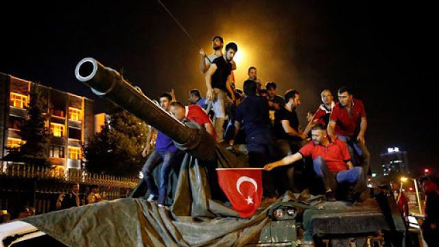 Турция издаде 92 доживотни присъди заради опита за преврат