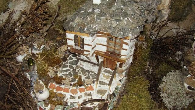 Родопският Гъливер сътвори весело село с 500 къщички СНИМКИ - 2