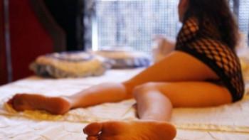 Жената на арестувания сводник в Пловдив в онлайн каталога с проститутки
