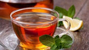 Диетолог: Кой и защо не трябва да пие чай