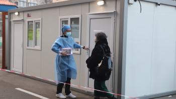 COVID-19 за последното денонощие: 1800 нови случая, 45 починаха, над 17 000 ваксинирани