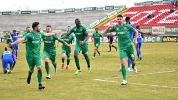 Тревога във футбола ни: Цял елитен отбор пламна с COVID 19