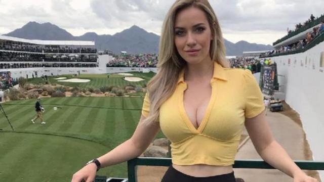 Побъркаха голфърка, показала чудовищен бюст СНИМКА