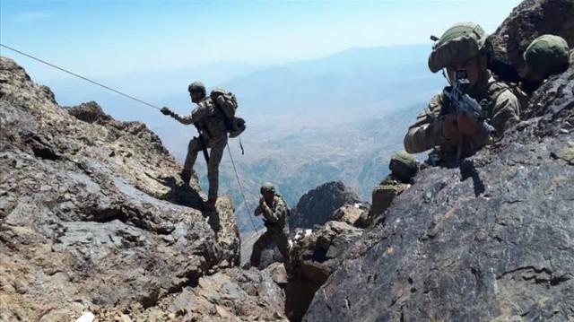 Турция с военна антитерористична операция в Северен Ирак