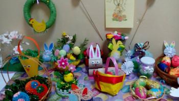 """Красива и иновативна изложба """"Великден без отпадъци"""" в Спортното училище"""