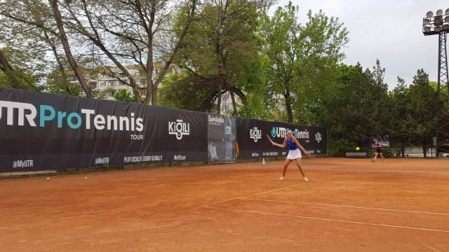 Шаламанова, Костова и Терзийска са на победа от 1/2 финал