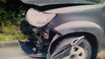 Тийнейджър заби колата си в скат по пътя за Смолян СНИМКИ