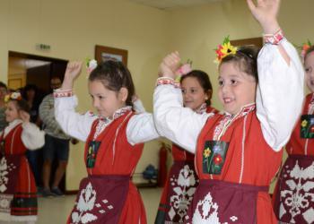 """Девети фестивал """"Пръски от извора"""" в Меричлери"""