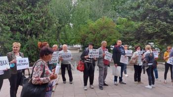 Воден бунт: Брестовица блокира Пещерско шосе и Околовръстното