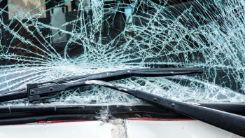 Страховита каскада на пътя Пловдив-Карлово, полиция е на място