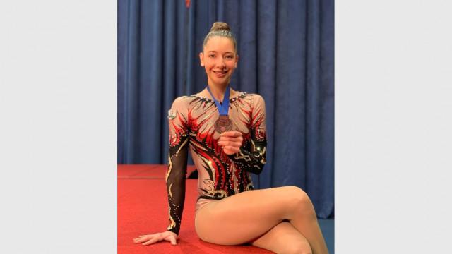 Шампионката по аеробика Дарина Пашова: Преди състезание спя 17 минути и се изправям на ръце - 3