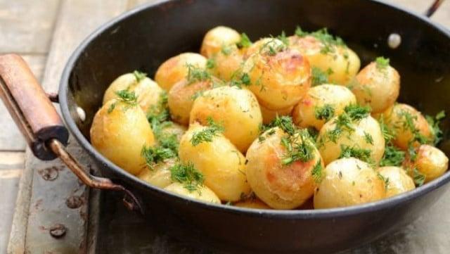 Странно, но вярно: Яжте картофи, за да отслабнете
