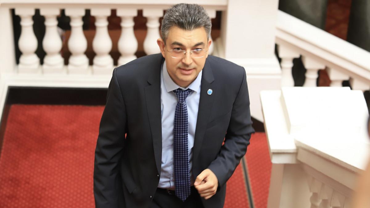 Депутати на