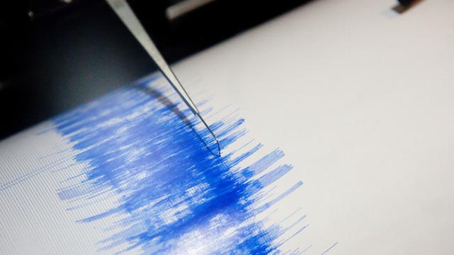 Земетресение от 6,1 по Рихтер разлюля Токио ВИДЕО