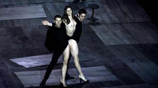 Ако сте в Пловдив, насладете се на ONE DANCE WEEK и впечатляващата хореография на Димитрис Папайоану