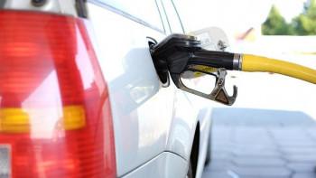 Като на кино: Пловдивчанин открадна кола от бензиностанция, полицията го преследва