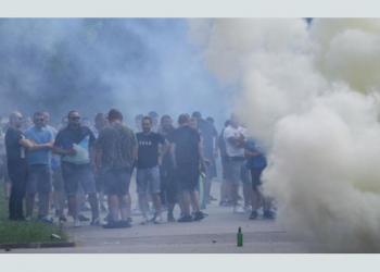 Бой, кръв и палежи за фенове на Левски в Хърватия