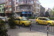 Глад за таксиджии, возят ни пенсионери