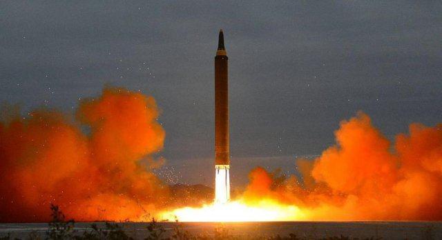 Индия изстреля балистична ракета, достига половин Европа